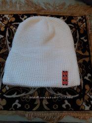 Продам тёплую и красивую шапку