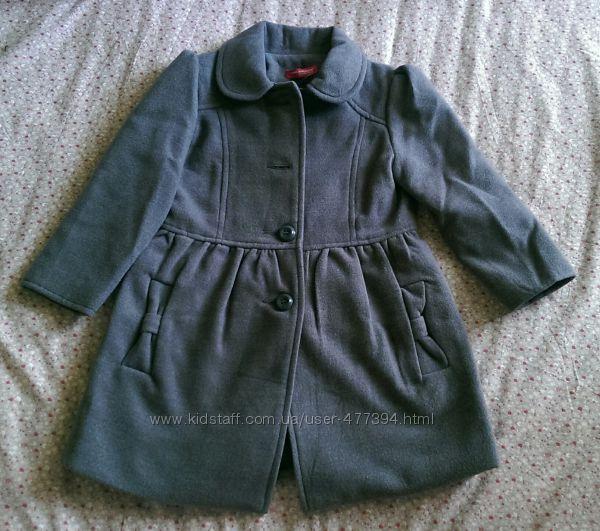 Модное пальто для малышки на рост
