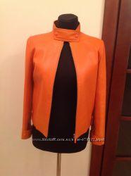 Продам кожаную курточку Louis Vuitton оригинал