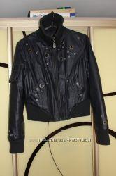 продам фирменную женскую куртку L