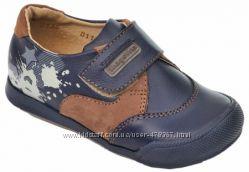 Туфельки  Shagovita, Шаговита для мальчика с защитой носка.