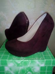 Новые красивые туфли. 37 р.