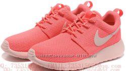 Кроссовки Женские Nike roshe run кораловый