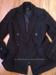 женское чёрное теплое Пальто размер 48