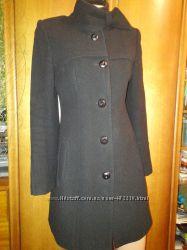Пальто на стройную барышню р. 44 MANNA