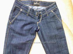 Продам новые джинсы Gucci