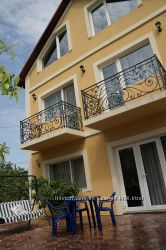 Дом в Севастополе на берегу моря