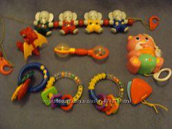 игрушки погремушки и грызуны