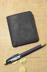 Маленький кожаный кошелёк ручной работы
