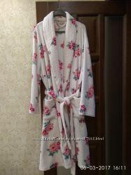 Продам фирменный халат Dorothy Perkins 52-54 р.