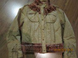 Короткая тоненькая курточка на синтепоне