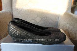 Шкіряні туфлі Minelli