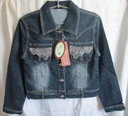 Продам джинсовую куртку  для девочки