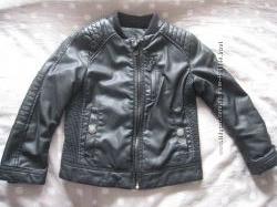 Бомбезная куртка на мальчика Zara 4-5 лет