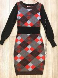 Платье Moschino шерсть