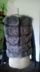 Куртка стеганная с мехом чернобурка