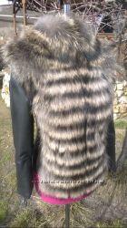 Куртка с мехом енота в наличии