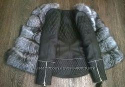 Куртка стеганная с мехом чернобурки в наличии