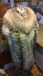 Жилет с воротником из натурального меха енота под заказ любой размер