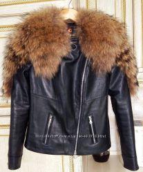 Куртка косуха с мехом енота в наличии