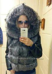 Куртка стеганная из натуральной кожи и натуральным мехом чернобурки