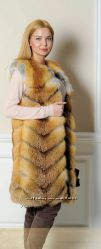 Очень красивый жилет из натурального меха лисы