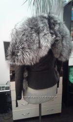 Шикарная куртка из натуральной кожи и натуральным мехом чернобурки капюшон