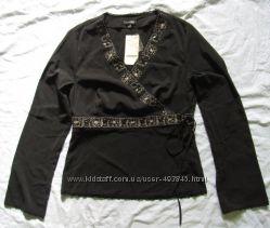 новая стильная нарядная блузка  дешево