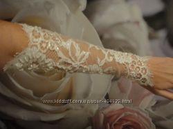 Красивейшие  свадебные перчатки по отличной цене