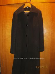 Пальто жіноче зимове класичне на підкладці 46р.