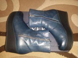 Красивые удобные зимние ботинки синие 40р.