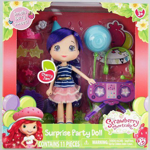 Кукла ШАРЛОТТА ЗЕМЛЯНИЧКА серии Ягодный праздник - ВИШЕНКА (15 см, с ароматом, аксессуары)