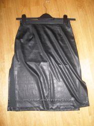 Юбка из ткани имитирующей кожу