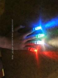 Светодиодные разноцветные фонарики колпачки 4 цвета на пальцы