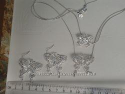 Новый в упаковке   Ожерелье  Серебро 925 проба стоит