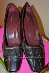 Практичные туфли BRASKA