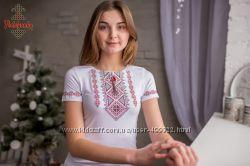 Жіноча футболка-вишиванка Традиційна