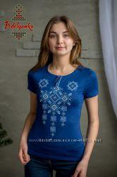 Жіноча вишиванка Писанка на синій тканині 4c43a6654a2b4