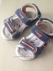 Сандалии сандали босоножки летняя обувь Primigi 22 размер