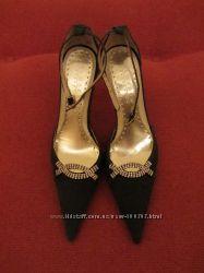 Новые модельные летние туфли. Стелька 25 см. В наличии.
