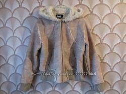 Короткая зимняя женская куртка на меху. размер 52. в наличии.