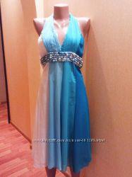 Нарядное платье-сарафан М