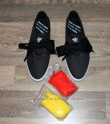 Кеды Adidas 40p. красные и желтые шнурки