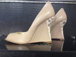 Шикарные итальянские туфли Dibrera 37р.