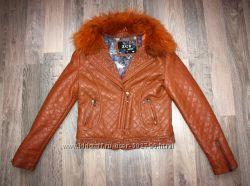 Демисезонная куртка кожзам42р.