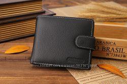 Мужской кожаный кошелек с отсеком для мелочи