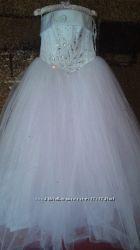 Свадебное платье S