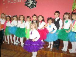 12 Пышные фатиновые юбки-пачки разного цвета и размера.
