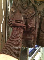 Куртка женская кожаная интересный пошив