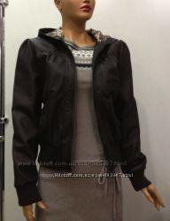 Куртка женская коричневая с капюшоном с леопардовой подкладкой размер M